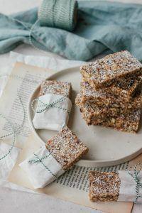 Raw granola bars met kokos