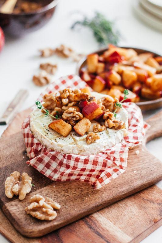 Christmas is coming: Winterse camembert met appel en walnoten