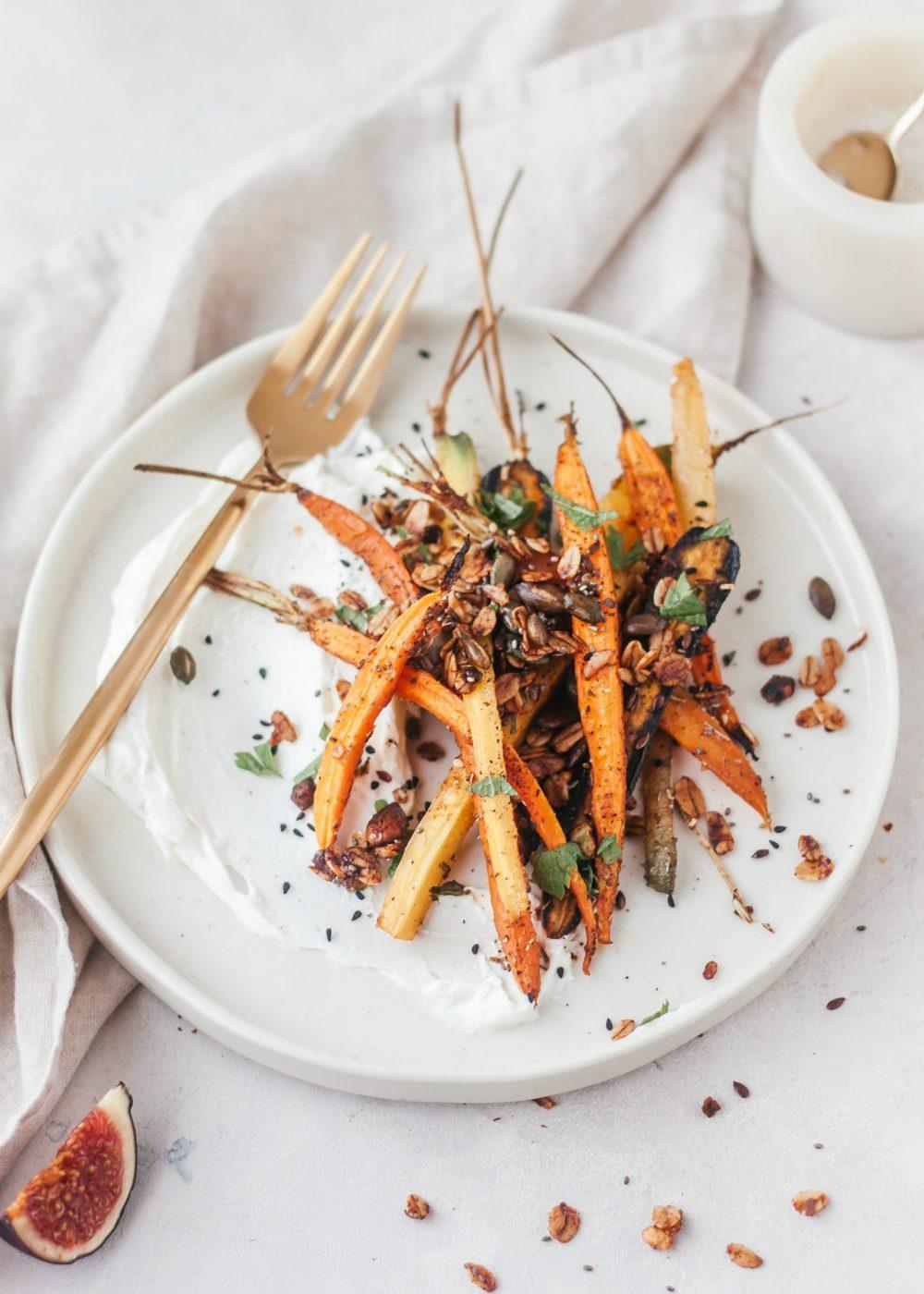 Crunchy wortels met whipped feta